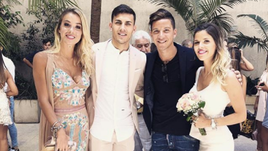 Себастьян ДРИУССИ на свадьбе своего одноклубника Леандро ПАРЕДЕСА.