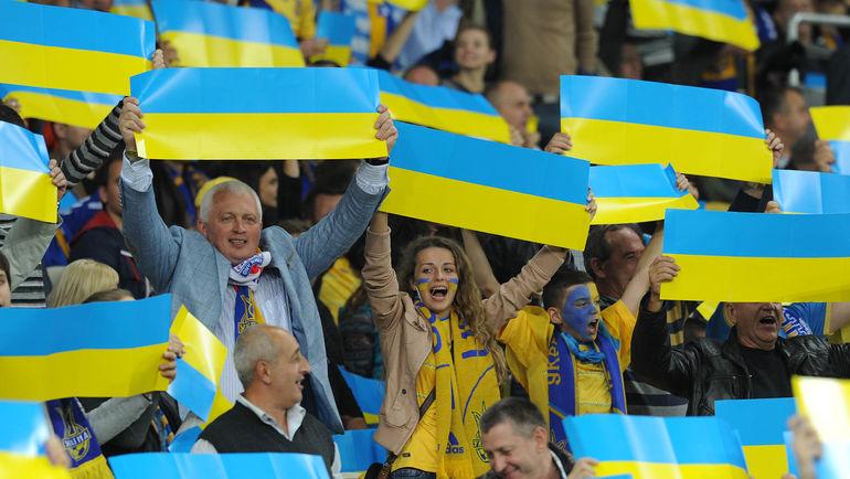 Рассмотрев дело о заявлении Службы безопасности Украины, Федерация футбола Украины запретила игрокам осуществлять любую деятельность, связанную с футболом. Фото Алексей ИВАНОВ
