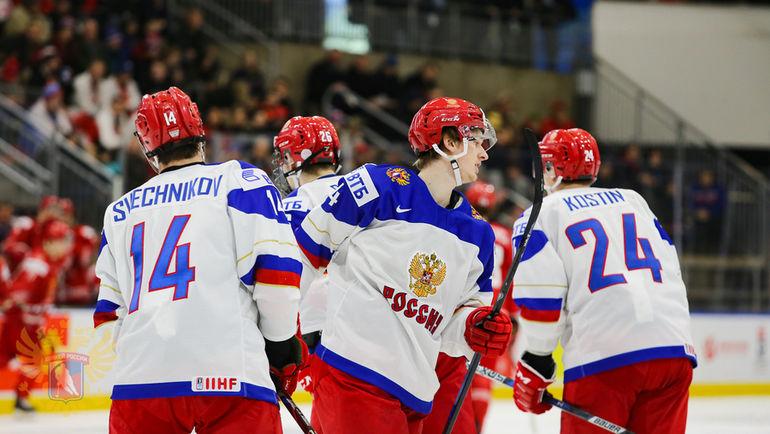 Сегодня. Баффало. Белоруссия - Россия - 2:5. Россияне гарантировали себе выход в плей-офф. Фото ФХР