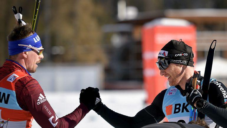 Сергей УСТЮГОВ (слева) и Дарио КОЛОНЬЯ: отставание не отыгрывается? Фото AFP