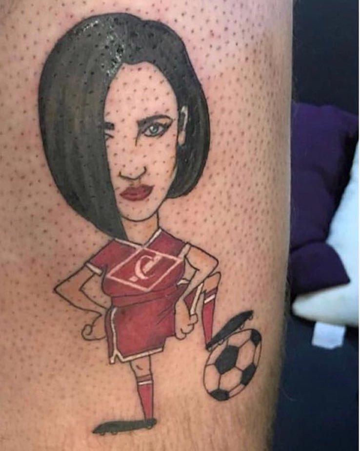 Татуировка поклонника Ольги Бузовой. Фото instagram.com