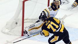 """Воскресенье. Питтсбург. """"Питтсбург"""" - """"Бостон"""" - 6:5 ОТ. Шайба Евгения МАЛКИНА (71) принесла победу """"Пингвинам""""."""