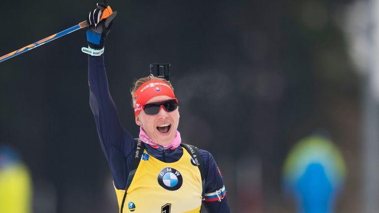 Анастасия КУЗЬМИНА в Оберхофе: две победы в спринте и гонке преследования. Фото AFP