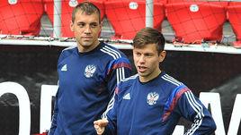 Артем ДЗЮБА (слева) и Федор СМОЛОВ.