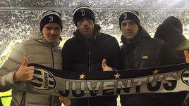То самое фото Павла ПОГРЕБНЯКА (в центре) с братьями в Турине.