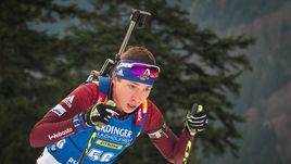 Сегодня. Рупольдинг. Ульяна КАЙШЕВА заняла 89 место в индивидуальной гонке, допустив 6 промахов.