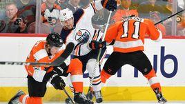 Еще один российский форвард покинет НХЛ