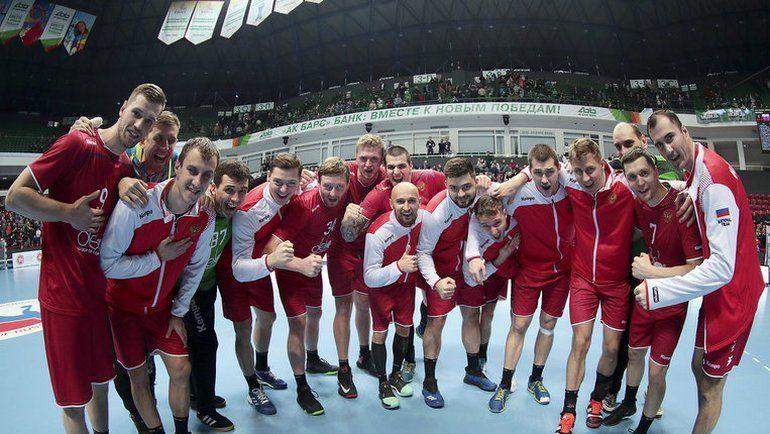 Российские гандболисты одержали шесть побед в шести матчах -  стопроцентный результат на первом этапе отбора на чемпионат мира-2019. Фото Василий ПОНОМАРЕВ