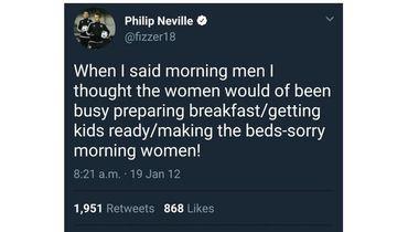 Невилл удалил аккаунт в Твиттере из-за сексистских высказываний