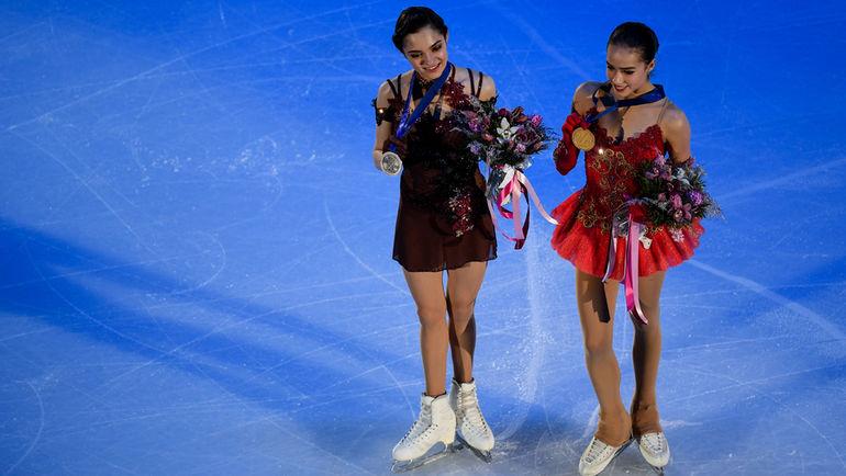 """Евгения МЕДВЕДЕВА и Алина ЗАГИТОВА. Фото Дарья ИСАЕВА, """"СЭ"""""""