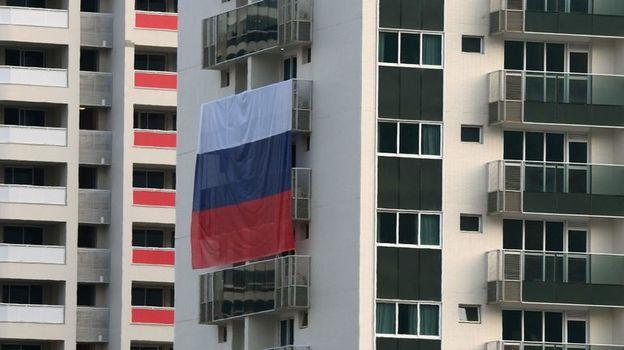 Публично демонстрировать флаг России на объектах Олимпиады нельзя. Фото AFP
