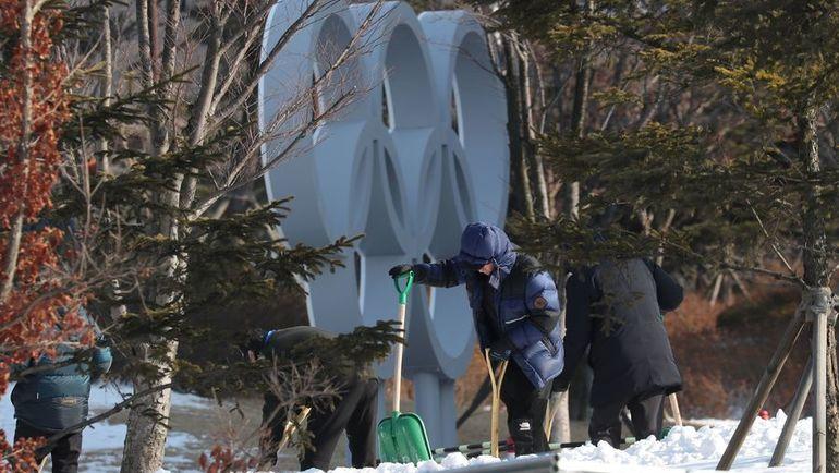 На лыжном курорте Альпенсия заканчиваются последние приготовления. Фото AFP
