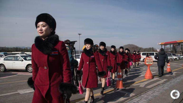 Сегодня. Пхенчхан. Прибытие еще одной делегации из КНДР на Олимпиаду.