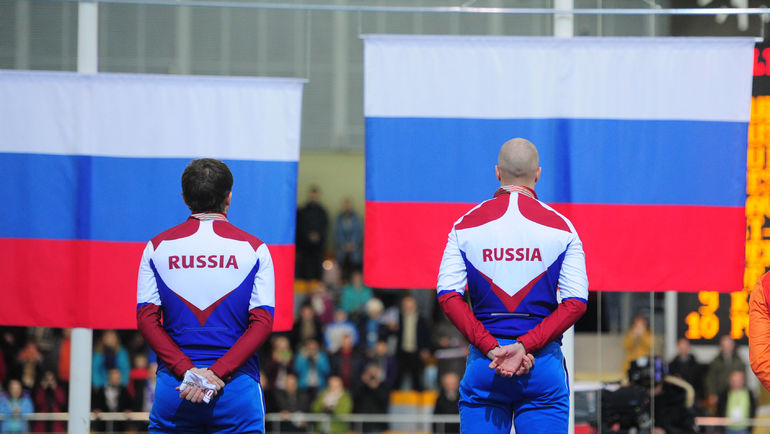 Денис ЮСКОВ (слева) и Павел КУЛИЖНИКОВ: Игр не будет... Фото Александр ФЕДОРОВ, «СЭ»