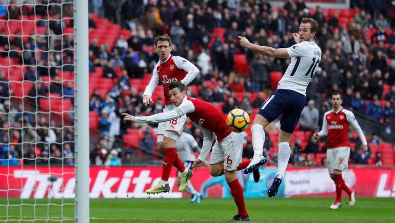 """Сегодня. Лондон. """"Тоттенхэм"""" - """"Арсенал"""" - 1:0. 49-я минута. Форвард """"шпор"""" Харри КЕЙН (справа) забивает победный гол. Фото Reuters"""