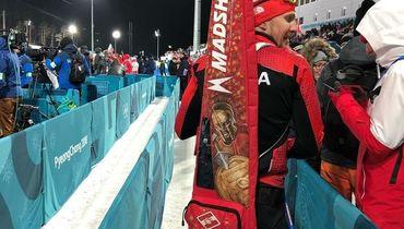 Лапшин привез на Олимпиаду чехол с символикой