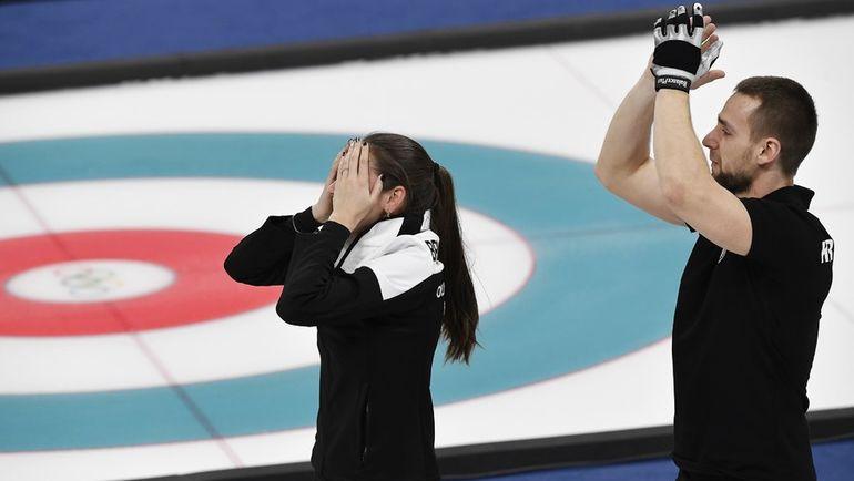 Вторник. Пхенчхан. Анастасия БРЫЗГАЛОВА и Александр КРУШЕЛЬНИЦКИЙ - бронзовые призеры Олимпиады. Фото Reuters