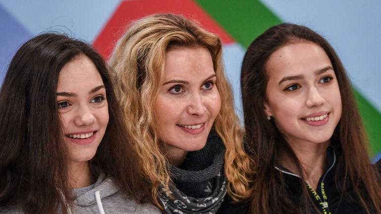 """Евгения МЕДВЕДЕВА (слева), Этери ТУТБЕРИДЗЕ (в центре) и Алина ЗАГИТОВА. Фото Дарья ИСАЕВА, """"СЭ"""""""