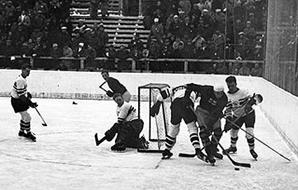1936 год. Великобритания – Канада – 2:1. Фото Third String Goalie