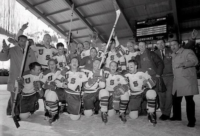 1960 год. США - СССР - 3:2. Фото www.sportsblog.com