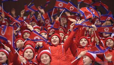Круче урагана. Северные корейцы ходят строем и зажигают в Пхенчхане