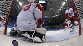 Сегодня. Пхенчхан. Словакия - РОССИЯ - 3:2. Команда Олега Знарка упустила преимущество в две шайбы.
