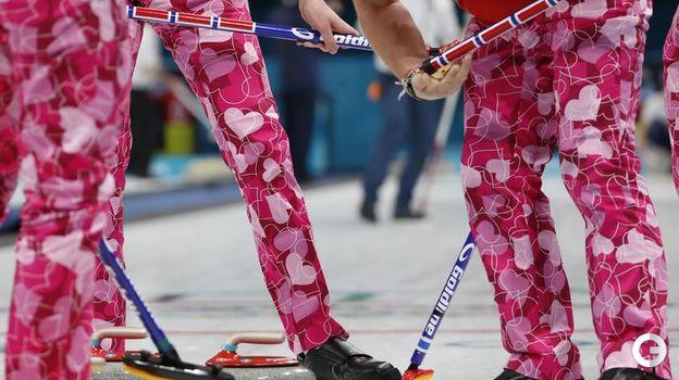 2018 год. Пхенчхан. Главная часть экипировки сборной Норвегии. Фото AFP