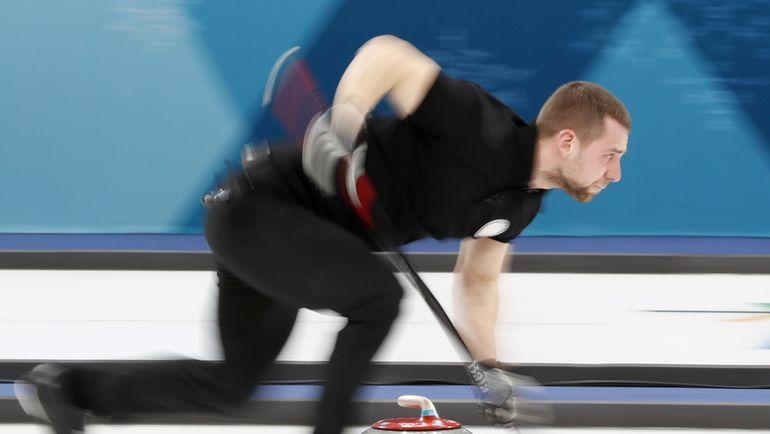 Керлингист Крушельницкий сдал аккредитацию ипокинул Олимпийскую деревню
