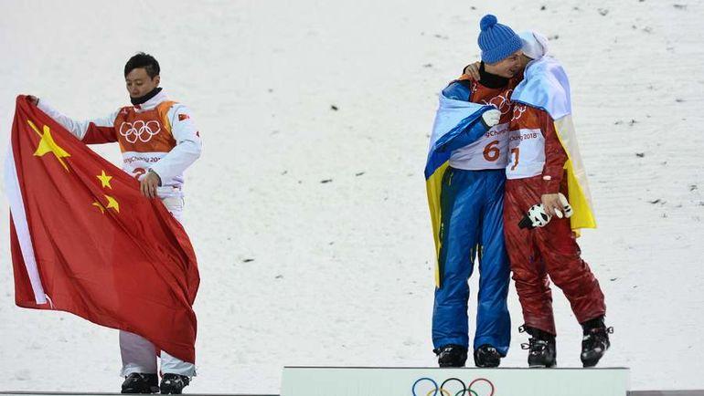 Сегодня. Пхенчхан. Китаец Цзя Цзунян, украинец Александр АБРАМЕНКО и россиянин Илья БУРОВ (слева направо). Фото AFP