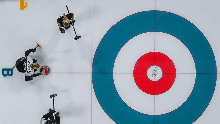 О российском керлинге теперь говорят из-за допинга. Фото AFP
