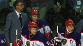 Игорь ЛАРИОНОВ, Илья КОВАЛЬЧУК, Павел БУРЕ и Вячеслав ФЕТИСОВ (справа налево) на Олимпиаде-2002. Последней, на которой хоккейная сборная России завоевала медали.