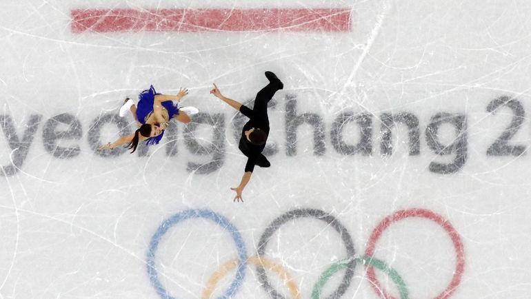 Екатерина БОБРОВА и Дмитрий СОЛОВЬЕВ на льду Пхенчхана. Фото Reuters