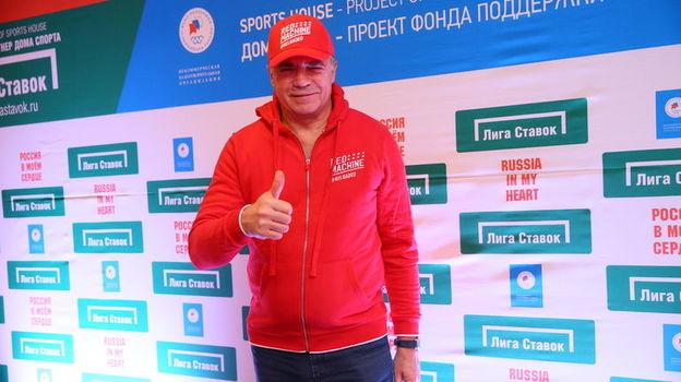 Дом спорта заждался битвы Медведевой и Загитовой