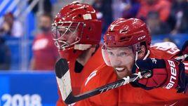 """Спецкор """"СЭ"""" насчитал в сборной России шесть рыжих хоккеистов, включая Владислава ГАВРИКОВА (№4)."""
