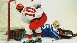20 февраля 1998 года. Нагано. Россия – Финляндия – 7:4. Один из пяти голов Павла БУРЕ.