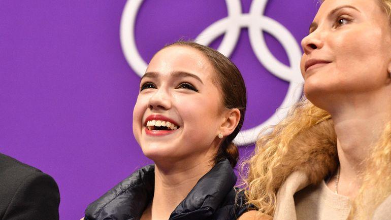 Сегодня. Пхенчхан. Алина ЗАГИТОВА и Этери ТУТБЕРИДЗЕ. Фото AFP