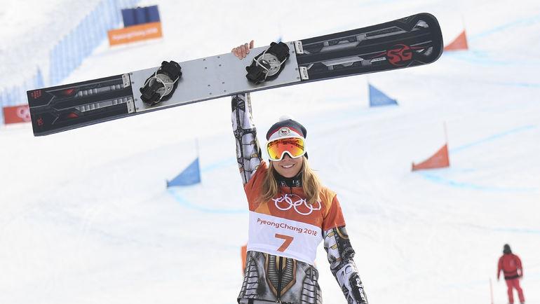 Эстер ЛЕДЕЧКА стала олимпийской чемпионкой Пхенчхана и в сноуборде, и в горных лыжах. Фото AFP