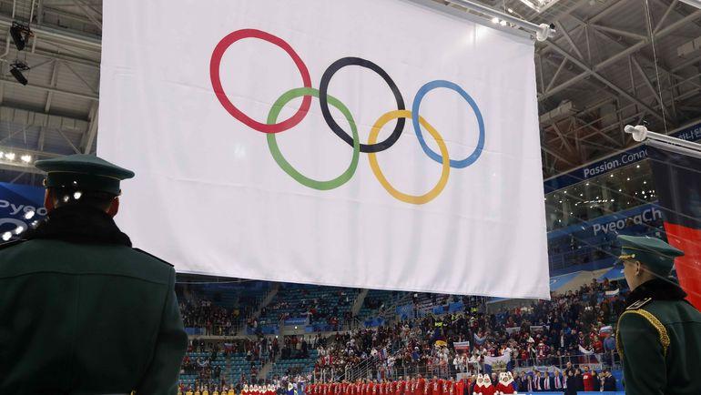 Сегодня. Пхенчхан. Россия - Германия - 4:3 ОТ. Хоккеисты сборной России не могли послушать свой гимн на награждении после игры. Фото REUTERS