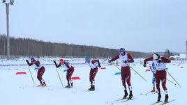 Глеб РЕТИВЫХ (№3) выиграл спринт классическим стилем на Открытых всероссийских соревнованиях для отстраненных от Олимпиады спортсменов.