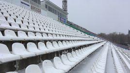 Заснеженные трибуны стадиона в Самаре.
