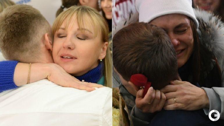 Анна НЕЧАЕВСКАЯ (слева) и Анастасия СЕДОВА получают предложение руки и сердца от своих женихов.