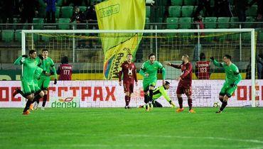 Лескано испортил дебют Попову.