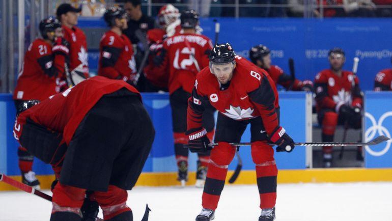 23 февраля. Пхенчхан. Разочарование канадцев после поражения от Германии в полуфинале Олимпиады - 3:4. Фото REUTERS