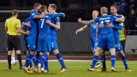 Сборная Исландии по футболу.