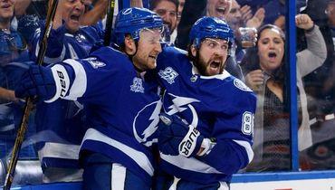 Кучеров вернулся! Один из самых безумных матчей сезона в НХЛ
