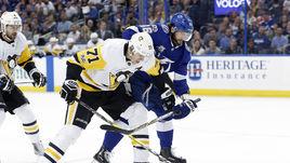 Кто станет лучшим бомбардиром НХЛ: Кучеров или Малкин