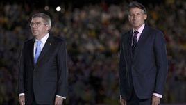 Если президент МОК Томас БАХ (слева) повернулся лицом к России, то глава ИААФ Себастьян КОЭ делать этого не спешит.