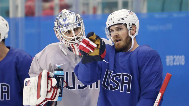 Джеймс ВИСНЕВСКИ (справа). Фото REUTERS