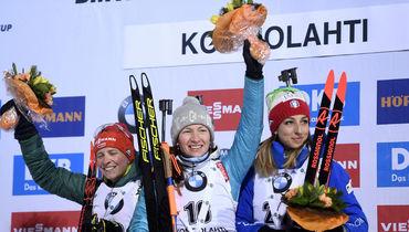 Сегодня. Контиолахти. Франциска ХИЛЬДЕБРАНД, Дарья ДОМРАЧЕВА и Лиза ВИТТОЦЦИ (слева направо). Фото Reuters