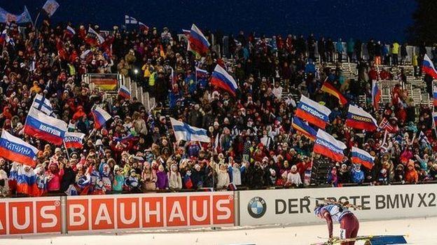 В Контиолахти у россиян - настоящая стена поддержки. Фото СБР/biathlonrus.com
